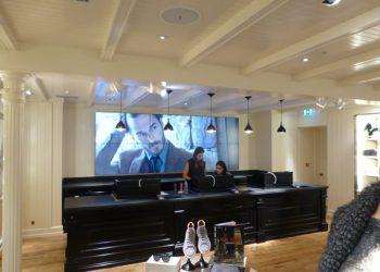 video-walls-for-cash-desks-by-aprios-av